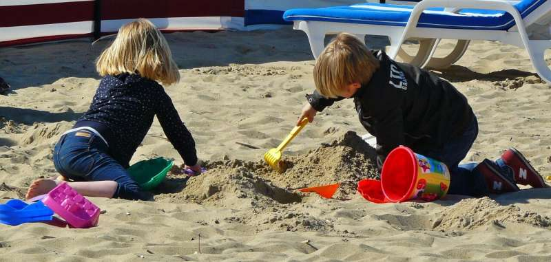 Experts put new method of analysing children's play to the test